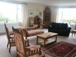 The Spacious Lounge at Linthorpe B and B South West Scotland